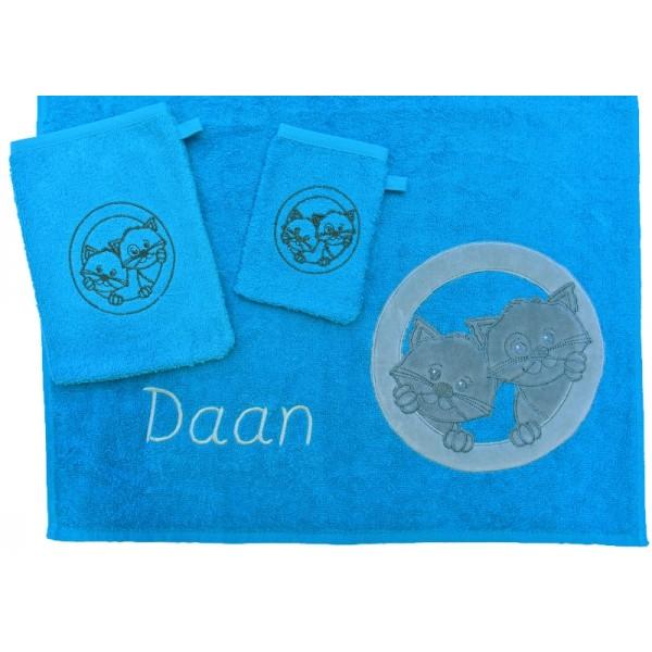 Handdoek met naam - Little Triki's blauw